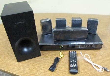 (NLA)DVD - Samsung - Home Theater System - 350 Watt - HTE350