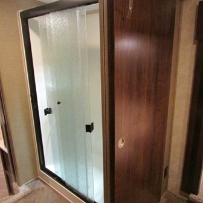 Trekwood Rv Parts Montana 2015 Door Shower