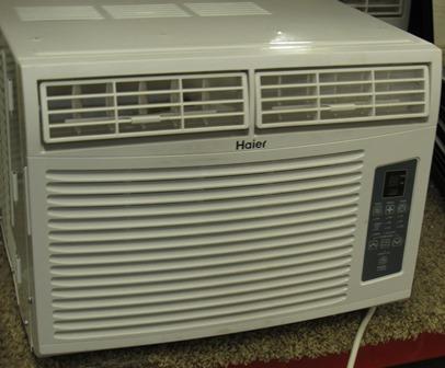 A/C - 8000 BTU - Window Mount - Room Air Conditioner - w/Remote - Haier